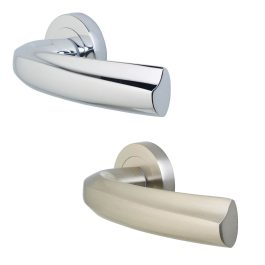 Casoria Lever Handles on 50mm Round Rose