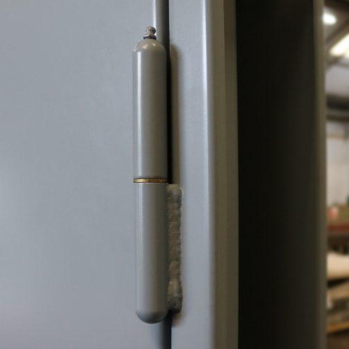 weld on hinge on steel door